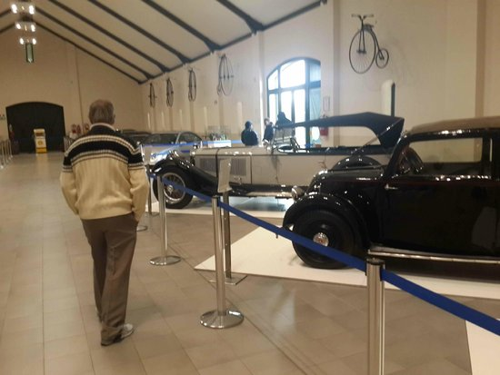 The Franschhoek Motor Museum: General view (with bicycles on wall)
