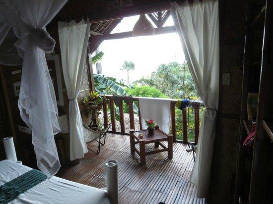 Coco Beach Island Resort : Banana deluxe house balcony