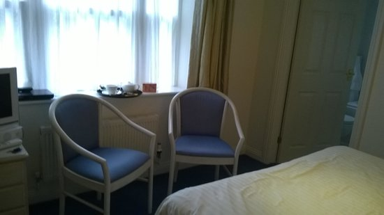 Blue Hayes Hotel: lowarth room