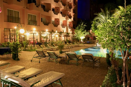 Imperial Holiday Hotel: Piscine