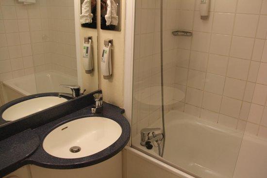 Hotel Ibis Styles Angers Centre Gare : Correct mais assez vieillot...