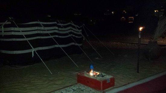 Qasr Al Sarab Desert Resort by Anantara: Dinner at the tent