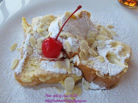Dune Hua Hin: French Toast