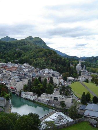 Chateau Fort de Lourdes : Vista di Lourdes dal Château Fort