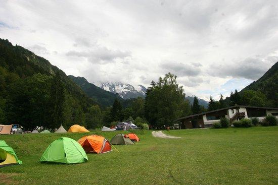 Camping Les Domes de Miage : вид на ледник