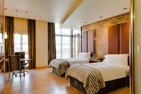 African Pride Melrose Arch Hotel: Universally Accessible Room