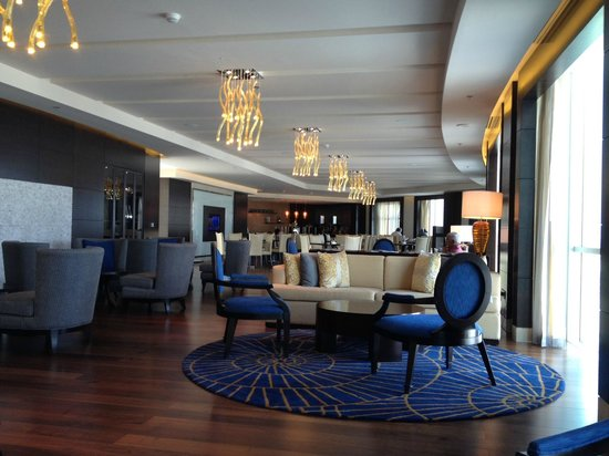 Marriott Hotel Al Jaddaf, Dubai: business/concierge lounge