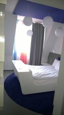 Ibis Styles Aachen City : Hotel room