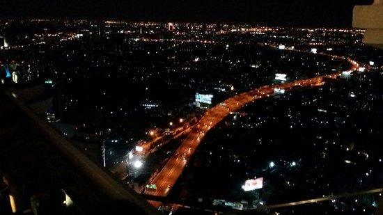lebua at State Tower: Veduta dallo Sky bar
