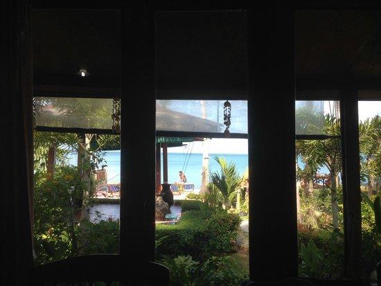 Lipa Bay Resort : view from sea facing room