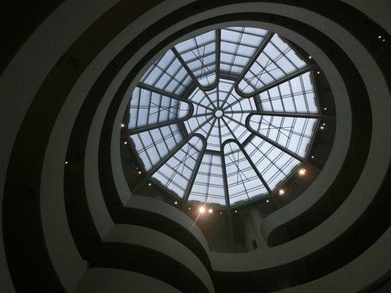 Solomon R. Guggenheim Museum: 天井です。