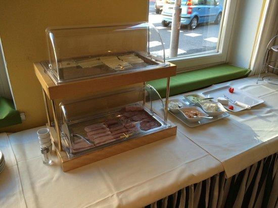 Am Neutor Hotel Salzburg: Frühstücksbüffet?