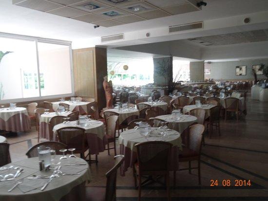 Hotel King Saron : salle a manger