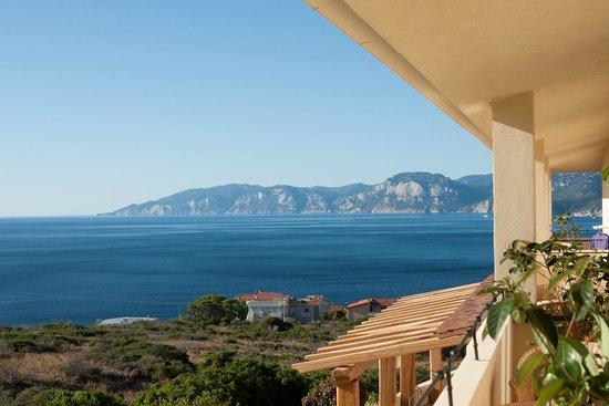 Hotel Villa Gustui Maris: Vue de la chambre