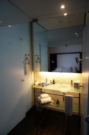 Hotel Porta Fira: Bathroom