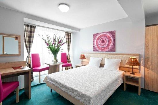 Petrus Hotel: Pokój dbl