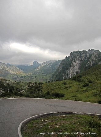 Lagos de Covadonga: Lake Covadonga