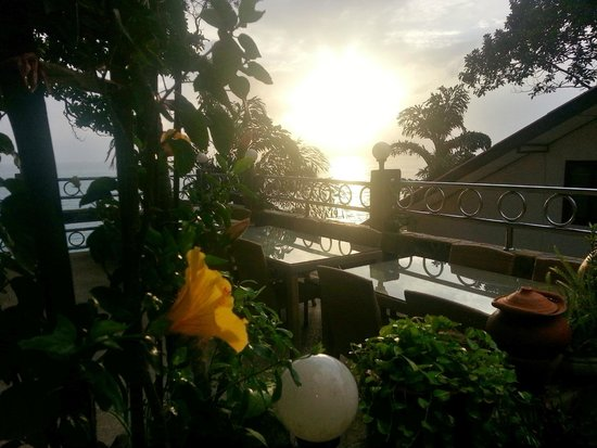 Pauls Restaurant: Sun Set 2014