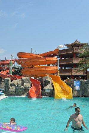 Royal Dragon Hotel : The aquapark