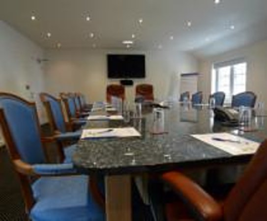 Santo's Higham Farm Hotel: Meeting rooms with free WiFi