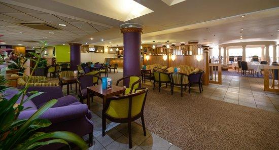 Cedar Court Hotel Spa Huddersfield