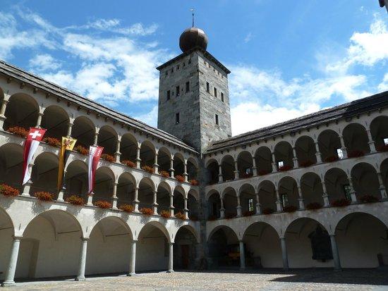 Stockalper Palace: Courtyard of Stockalperschloss