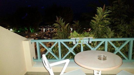 Seaside Beach Hotel: terrazzino camera
