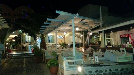 Seaside Beach Hotel: sala relax bar