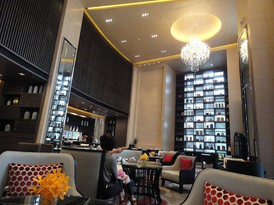 Bangkok Marriott Hotel Sukhumvit: ロビー