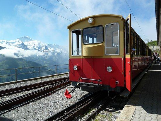Schynige Platte : Cogwheel Train