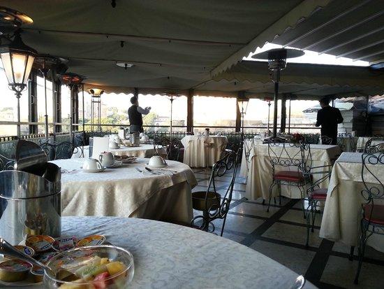 Hotel Forum Roma: La Terrazz zona Pranzo/Cena/Colazione, con bellissimo panorama!