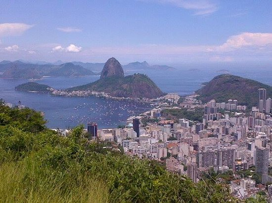 Estatua de Cristo el Redentor: Beautiful view of Rio from Corcovado