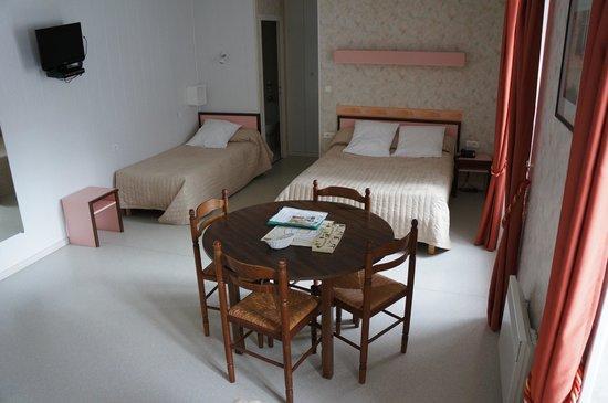 Auberge de l'Allagnonette: chambre familiale