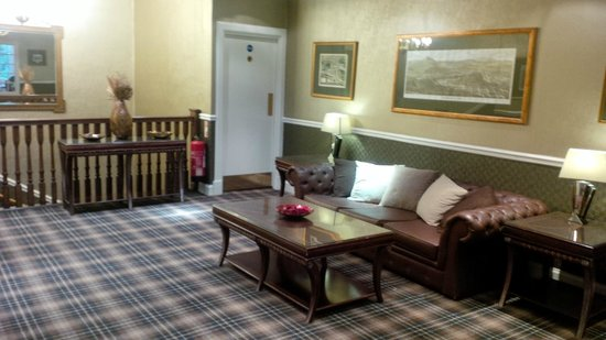 The Old Waverley Hotel: Reception lacks character