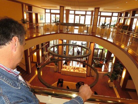 ATLANTIC Hotel Wilhelmshaven: Blick von der ersten Etage