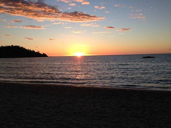 Andilana Beach Resort : Un tramonto visto dall'Andilana Beach
