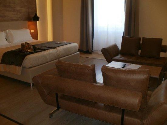 Hotel Bretagna: Modern furnishings