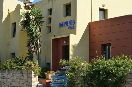 Daphnis Villas: voorkant villa's