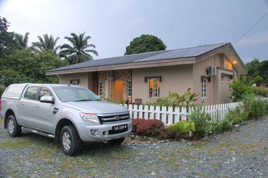 Sabah Tea Garden: Our cottage