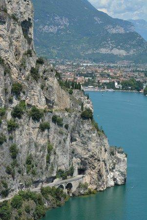 Hotel Al Maso: Utsikt mot Riva Del Garda