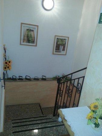 Scale interne foto di hotel luina stresa tripadvisor for Hotel saini meuble