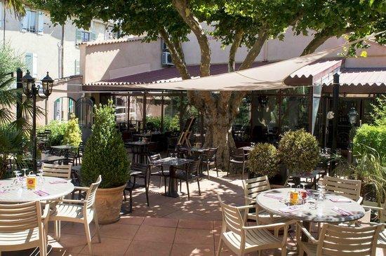 Hôtel de France : Terrasse Restaurant Côté Jardin