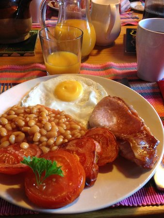 100 West Bay Road: Full English