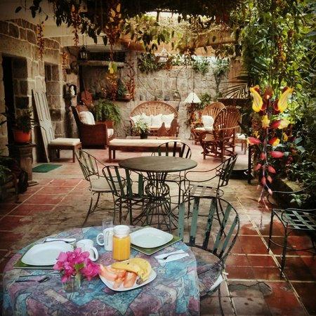 Hotel Casa Xochicalco: breakfast