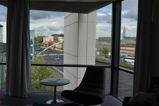 The d Hotel Drogheda: Loved the windows!