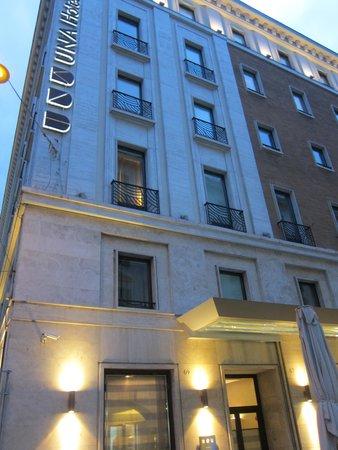 UNA Hotel Roma: 外観