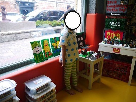 Kanemori Red Brick Warehouse: レゴで自由に遊べるレゴラボ