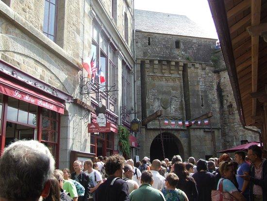 Abbaye du Mont-Saint-Michel : Busy