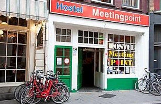 Hostel Meeting Point: Déconseille de dormir dans cette auberge