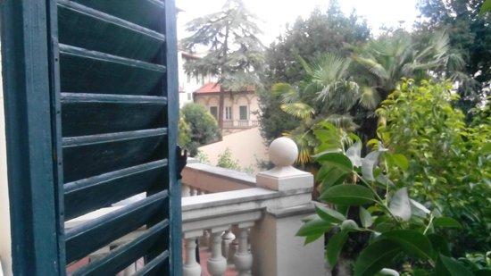 Hotel Fedora: 7